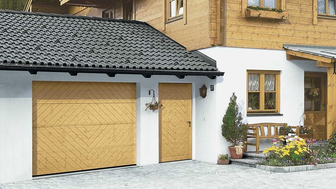 Hörmann Nebentür für Garage - Beispiel 2