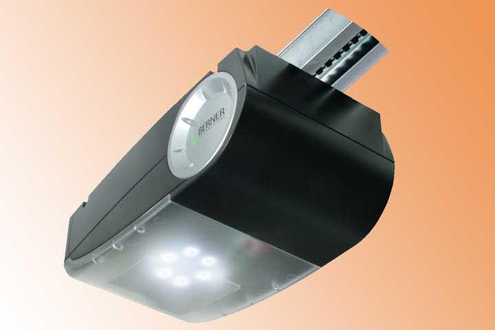 Garagentor Antriebstechnik mit LED-Beleuchtung